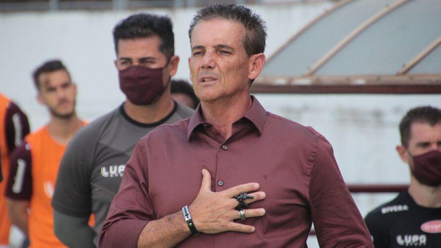 Treinador comandou o Paysandu e estava no Santo André-SP