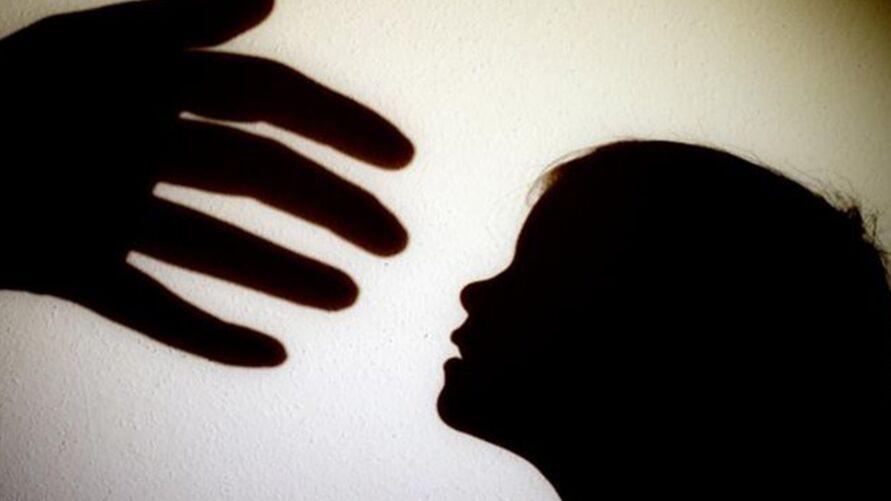 Imagem ilustrativa da notícia: Adolescente estupra a própria prima de apenas cinco anos