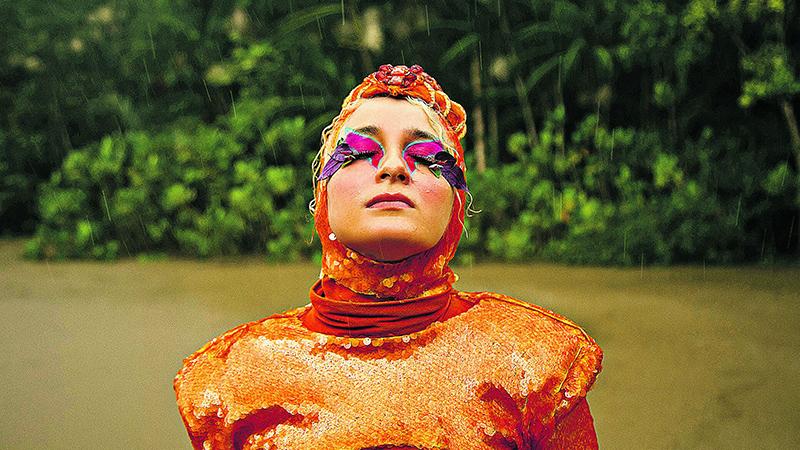 O terceiro disco da cantora paraense será lançado em maio, cinco anos depois do último álbum, Em Cada Verso Um Contra-Ataque