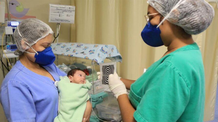 Imagem ilustrativa da notícia: Bebês prematuros recebem estimulação sensorial para melhorar o desenvolvimento motor