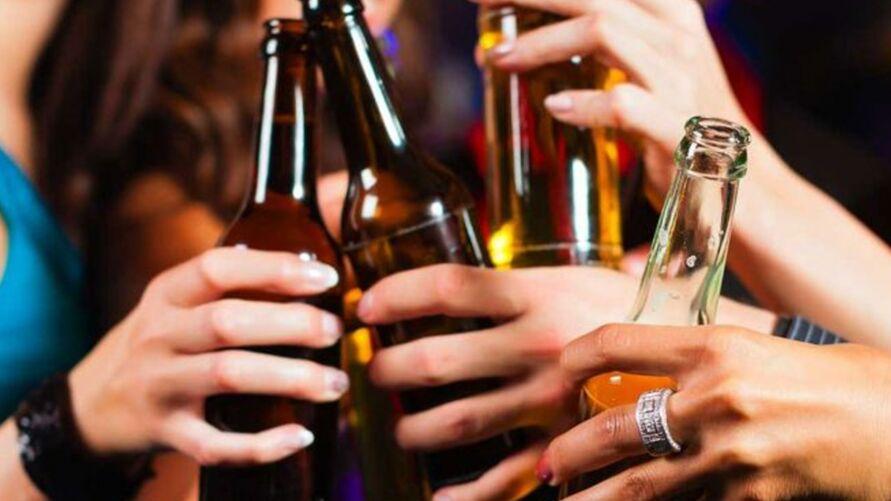 Com base na astrologia, a bebida ideal para casa um dos 12 signos do zodíaco.
