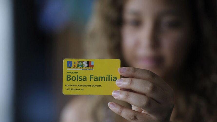 Desta vez, o auxílio emergencial deverá beneficiar 40 milhões de pessoas, incluindo os 14 milhões do Bolsa Família.
