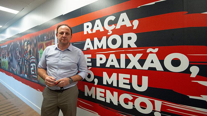 Imagem ilustrativa da notícia: Campeão com Flamengo, Ceni escreve maior capítulo como técnico