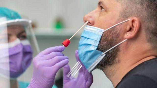 Vários tipos de exames foram realizados durante a pesquisa.
