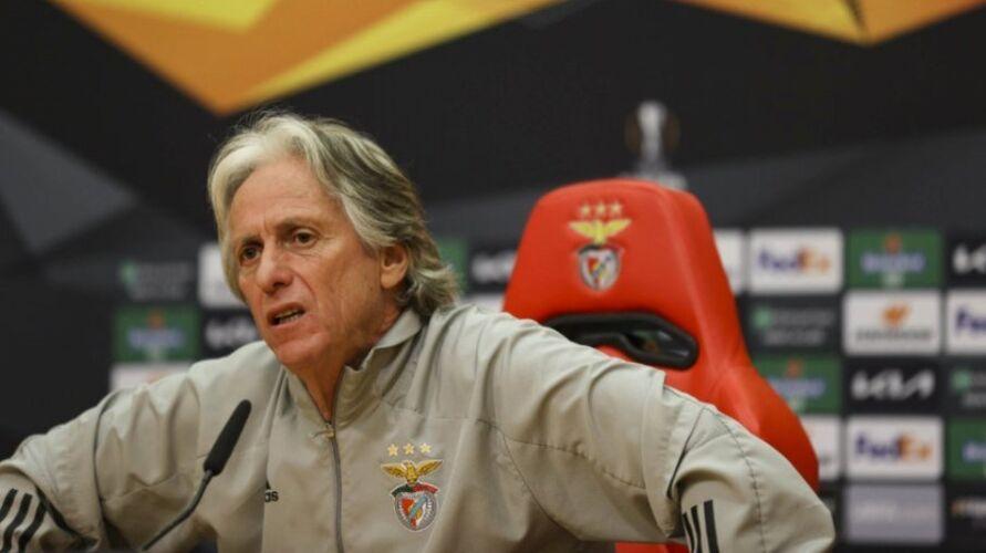 Imagem ilustrativa da notícia: Vai voltar? Técnico Jorge Jesus vai sair do Benfica