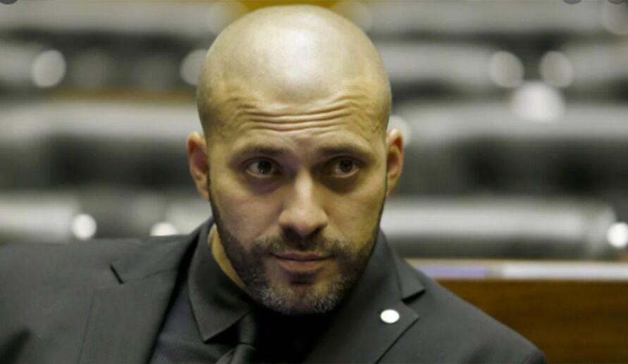 Imagem ilustrativa da notícia: Câmara mantém prisão de Daniel Silveira por 364 votos