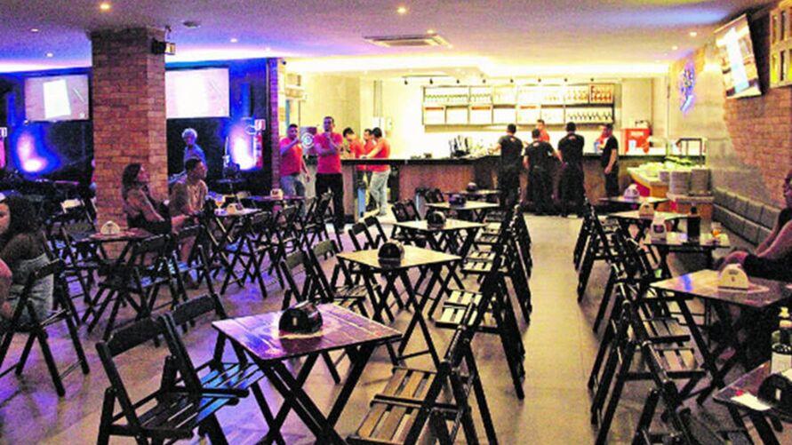 Imagem ilustrativa da notícia: Governo do Estado reduz ICMS para bares e restaurantes e tenta zerar imposto