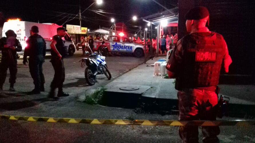 Paulinho foi atingido por quatro tiros e morreu na hora.
