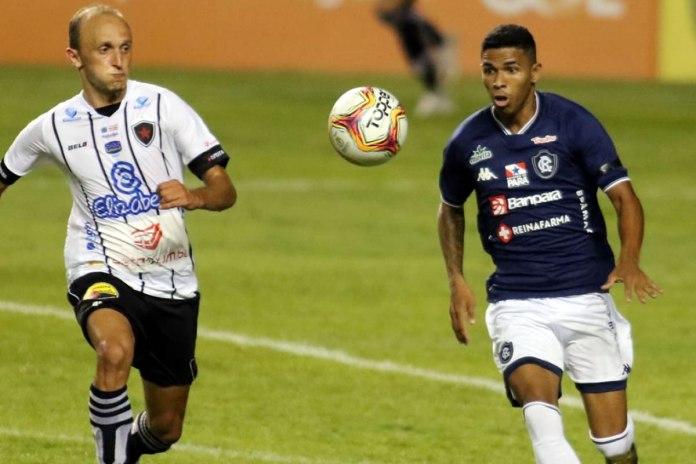 Dioguinho tem tido papel importante na reformulação do time azulino em 2021