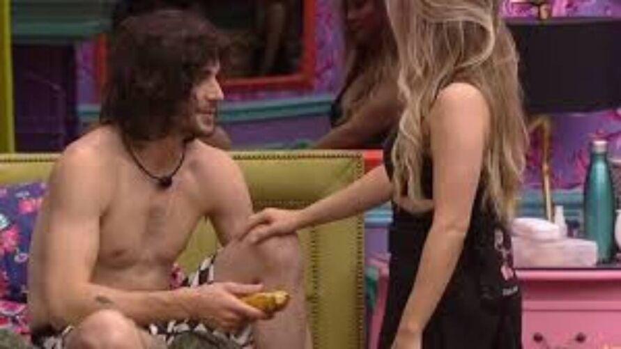 Imagem ilustrativa da notícia: Carla dá banana a Fiuk e alerta Juliette para ter cuidado com Gil