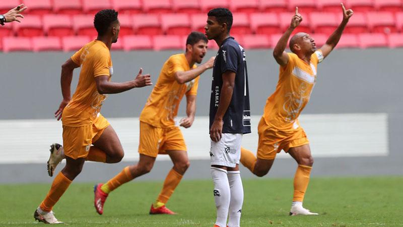 Imagem ilustrativa da notícia: Remo solicita áudio e imagens do VAR após gol anulado na decisão