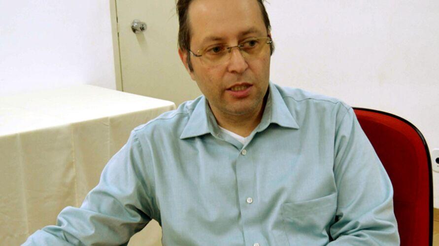 Atualmente, ele exerce o cargo de diretor técnico do Centro de Atenção Integrada à Saúde Mental da Univesp.