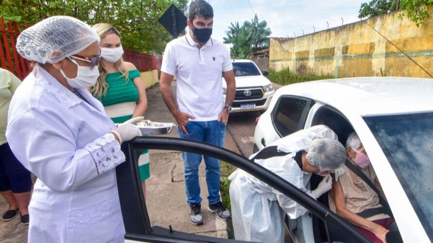Imagem ilustrativa da notícia: Idosos de 66 a 69 anos poderão se vacinar hoje e amanhã em Ananindeua; veja o cronograma!