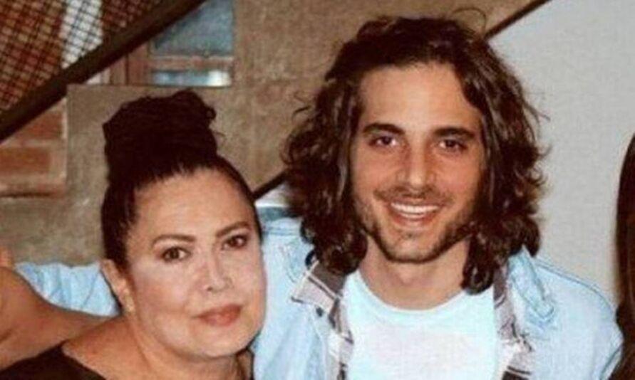 Fiuk e a mãe Cristina Kartalian