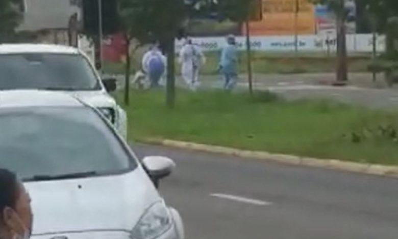 Imagem ilustrativa da notícia: Paciente com covid-19 foge de hospital ao saber que seria intubado. Veja vídeo!