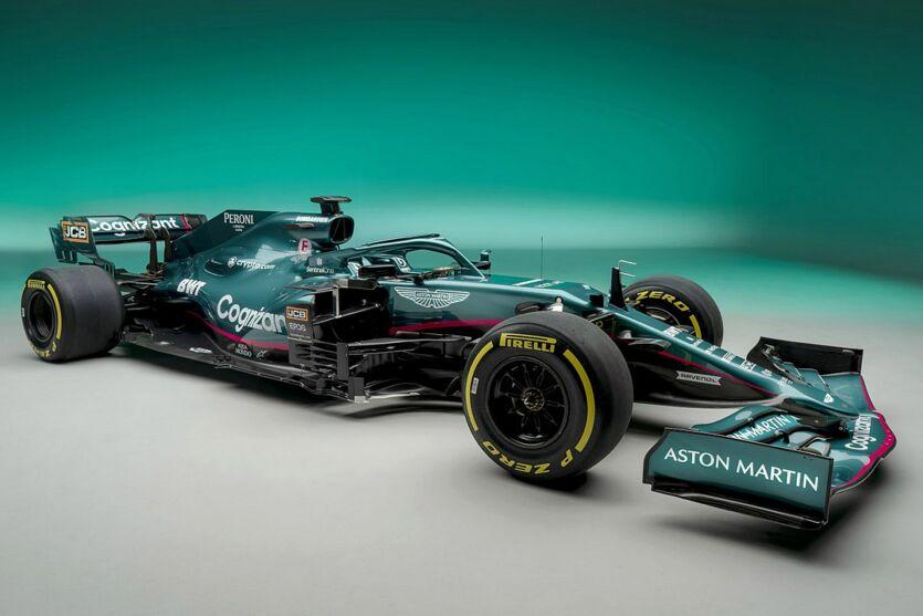 Imagem ilustrativa da notícia: Aston Martin apresenta carro verde e rosa para retorno à F1 após 60 anos