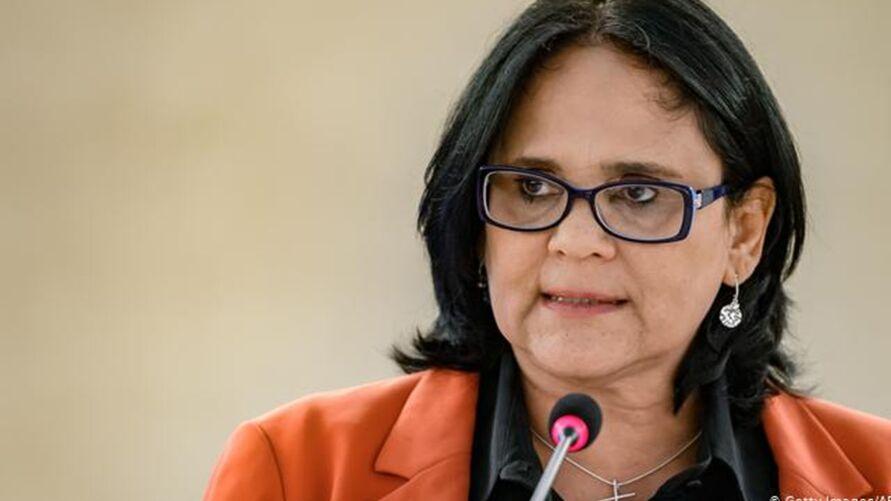 Damares Alves, atual ministra da Família, Mulheres e Direitos Humanos