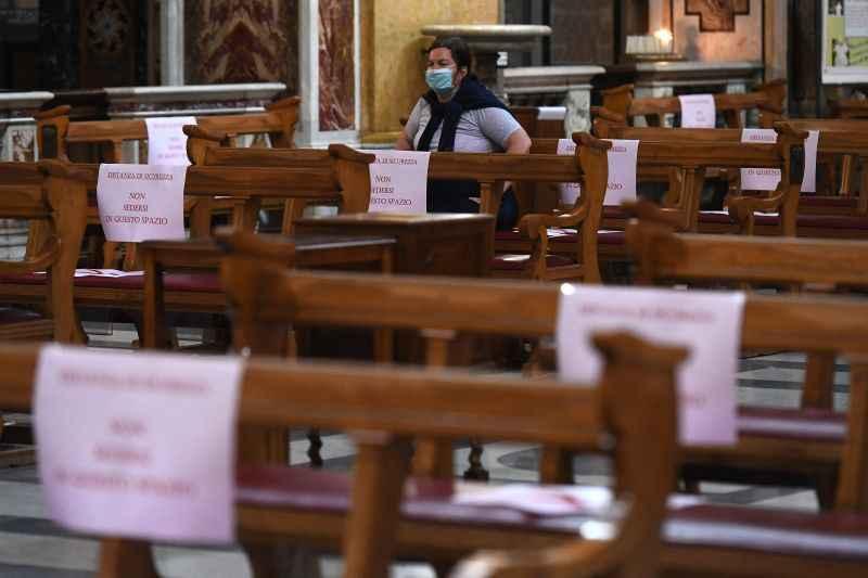 Igrejas e encontros religiosos estão proibidos durante o lockdown no Pará.