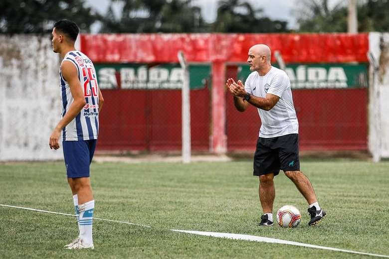 Treinador terá que improvisar em alguns setores, como a lateral direita, para o jogo contra o Castanhal