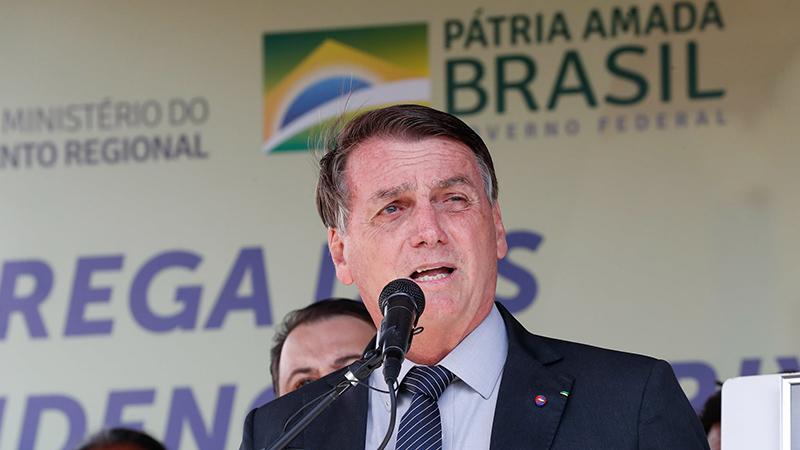 Bolsonaro também fez críticas à imprensa