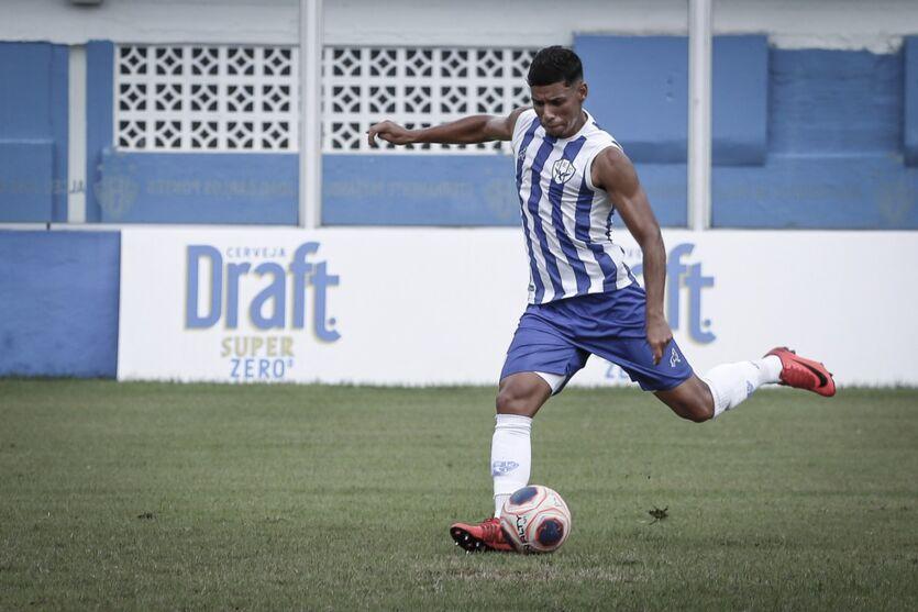 Imagem ilustrativa da notícia: Deixa saudade? Paysandu anuncia saída de meio-campista Luiz Felipe