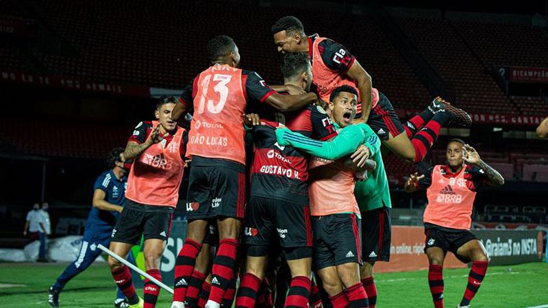 Imagem ilustrativa da notícia: Superioridade técnica leva Flamengo a título brasileiro em ano acidentado