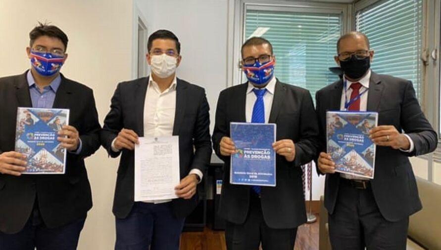Comissão da Alepa fecha parceria com deputados da Alerj