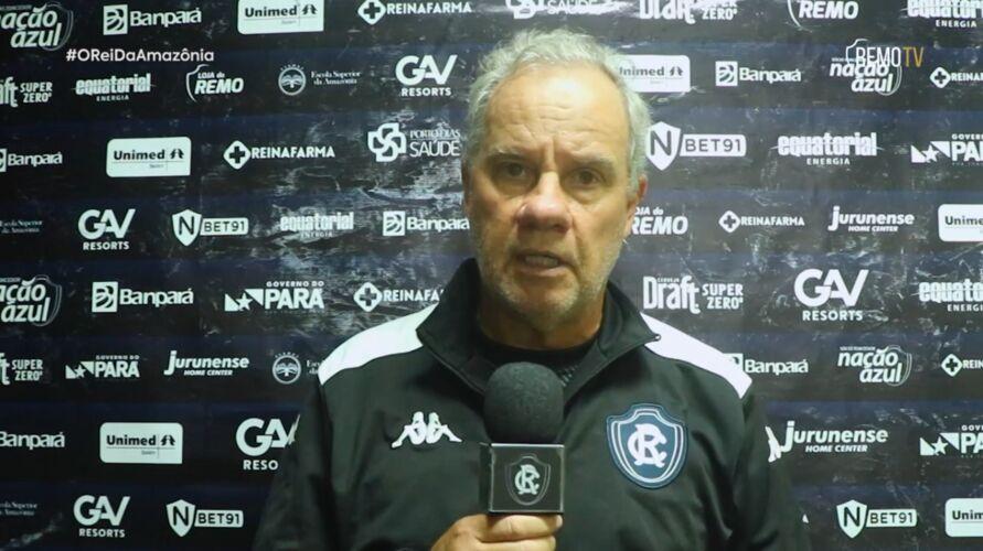 Bonamigo fala de erros e que azulinos precisam assimilar derrota rapidamente porque quarta-feira (16) já tem outro jogo pela Série B.