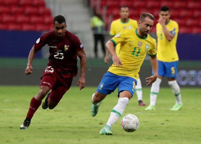 Imagem da partida entre Brasil e Venezuela válida pela Copa América