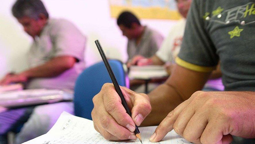 A maior oferta de empregos é da Minas Gerais Administração e Serviços, com 3.367 vagas.