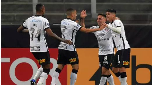 Gol de Gustavo Mosquito em Corinthians x Sport Huancayo.