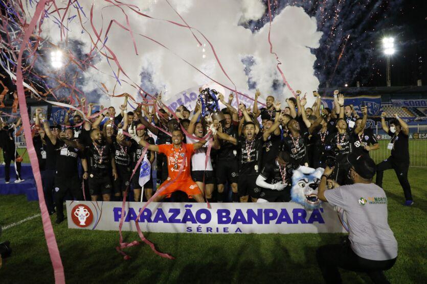 Imagem ilustrativa da notícia: As fotos da partida que deu o título do Paraense ao Paysandu