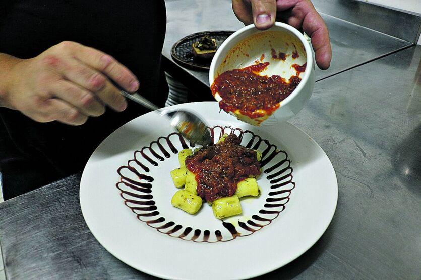 No Santa Orgânica, o menu surgiu após um trabalho de seis mão, pensando no conforto do cliente.