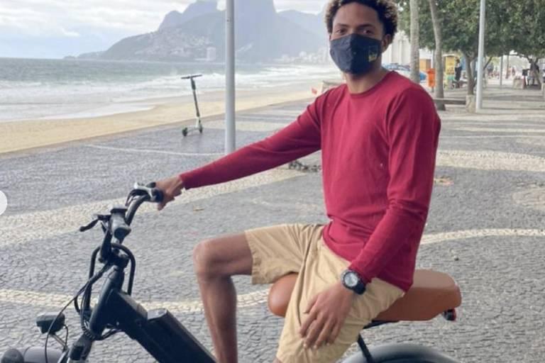 Em depoimento, ainda segundo a Folha, o instrutor de surfe disse que comprou a bicicleta em um site de classificados on-line, mas não possuía nota fiscal.