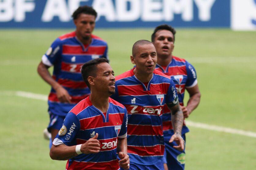 Imagem ilustrativa da notícia: Fortaleza e Athletico seguem 100% e na liderança da Série A
