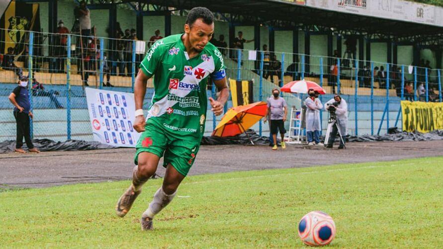 Léo Rosa é o vi-artilheiro do time na competição com 5 gols.