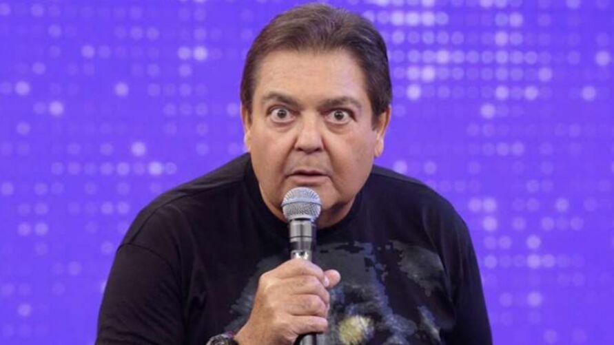 Faustão deve ganhar da Rede Globo mais que Botafogo, Vasco e Cruzeiro.