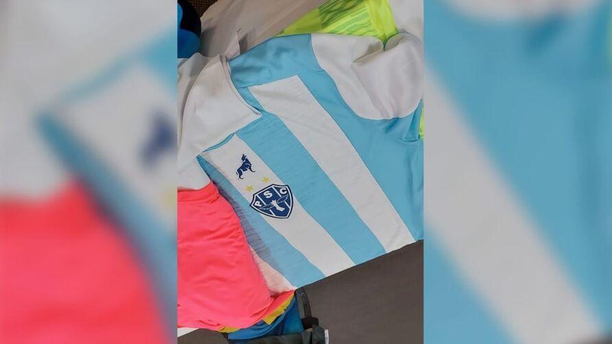 Camisa principal que será usada pelo Paysandu em 2021.