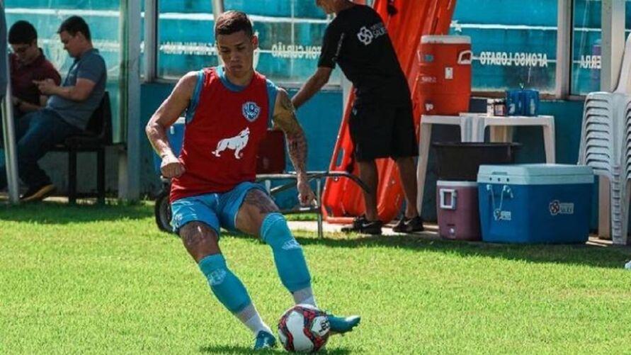 Emprestado pelo Paysandu, lateral esquerdo Diego Matos deverá ter como destino o Avaí-SC.