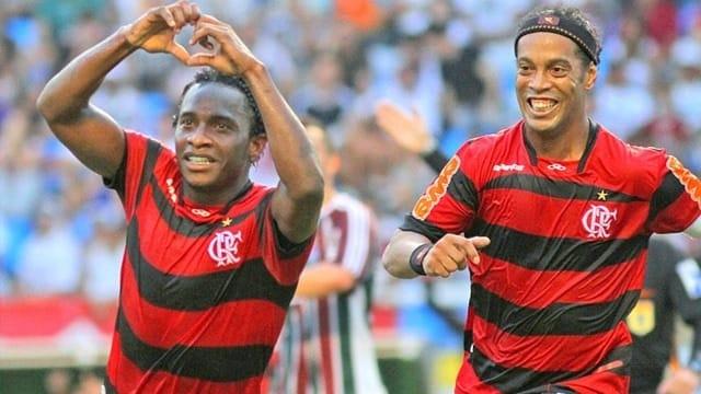 Willians foi campeão brasileiro com Adriano Imperador e campeão carioca com Ronaldinho Gaúcho.