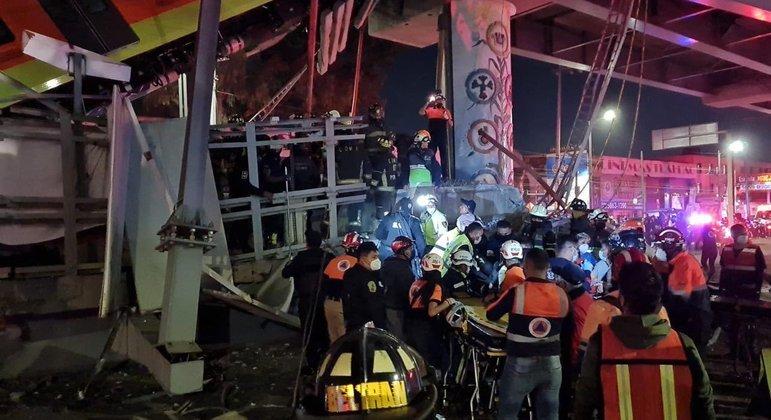 Pelo menos 20 pessoas morreram e 70 ficaram feridas após o desabamento das estruturas da Linha 12 do metrô da Cidade do México.