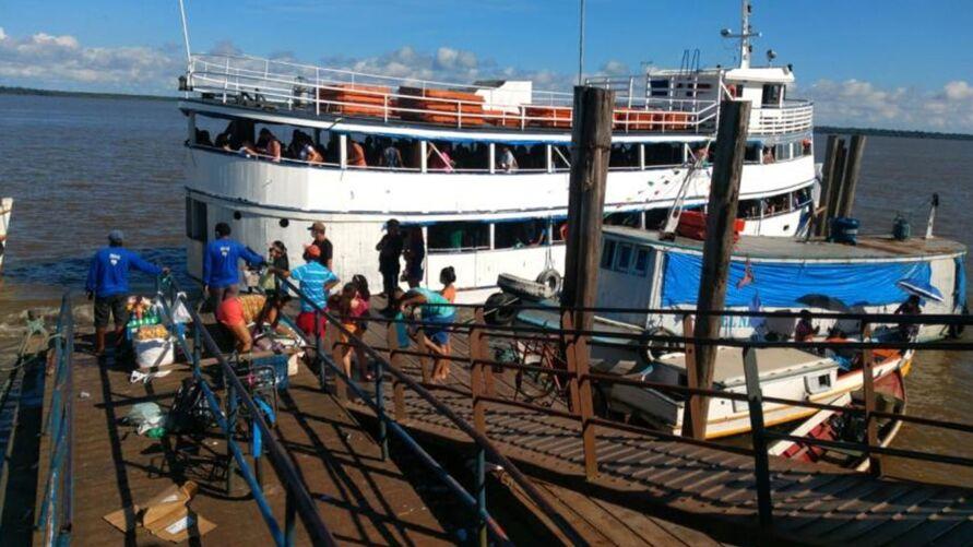 Passageiros receberam orientações e foram fiscalizados