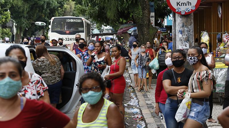 O processo de rejuvenescimento da pandemia no Brasil é confirmado por meio dos novos dados apresentados no Boletim