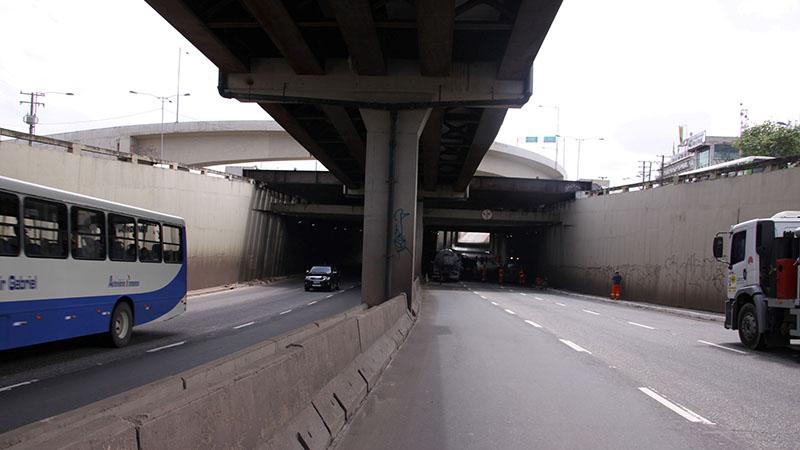 Túnel passará por serviços como drenagem