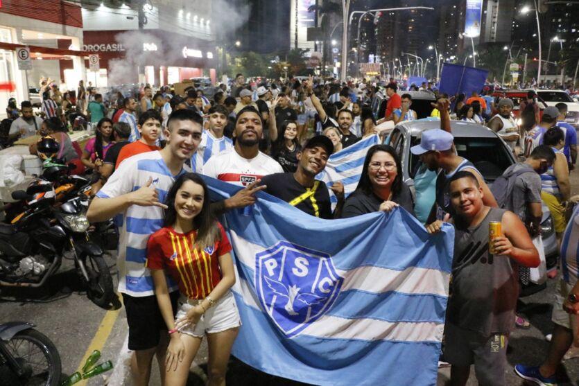 Imagem ilustrativa da notícia: Teve Doca! Torcida do Paysandu comemora o Paraense 2021