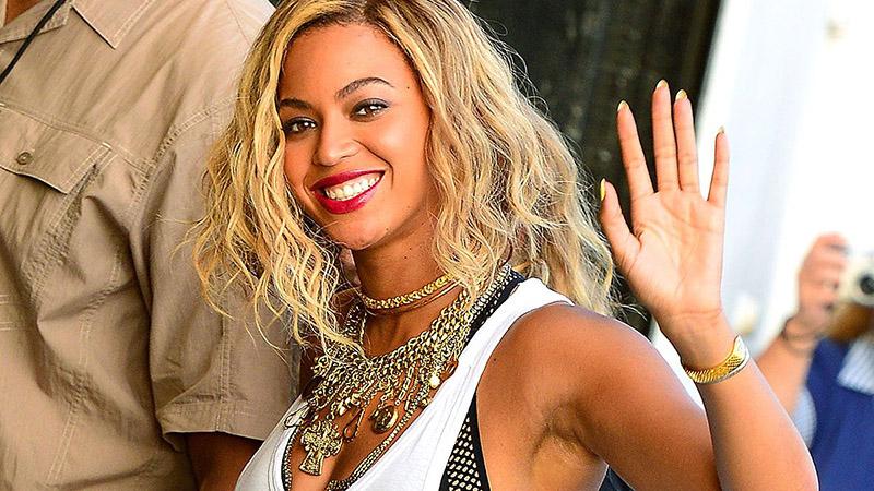 Beyoncé lembrou aos seguidores que tem gente com fome no Brasil