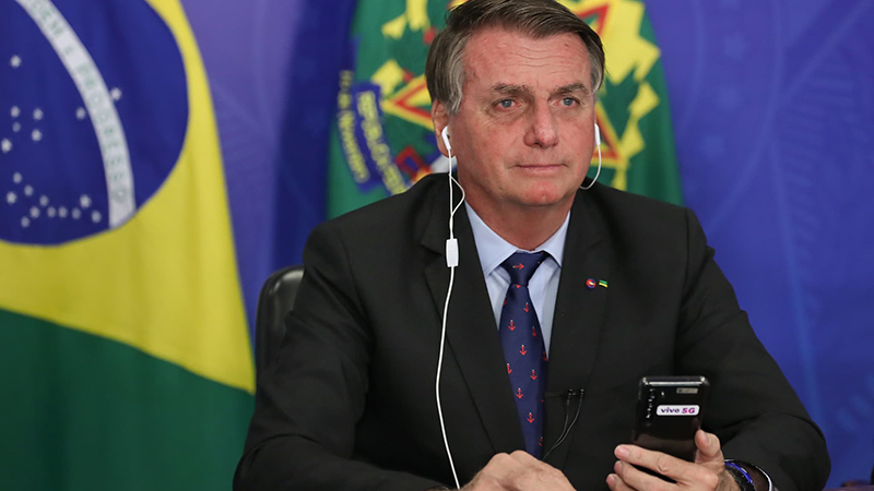 Bolsonaro voltou a dizer que vírus pode ter sido criado em laboratórios asiáticos