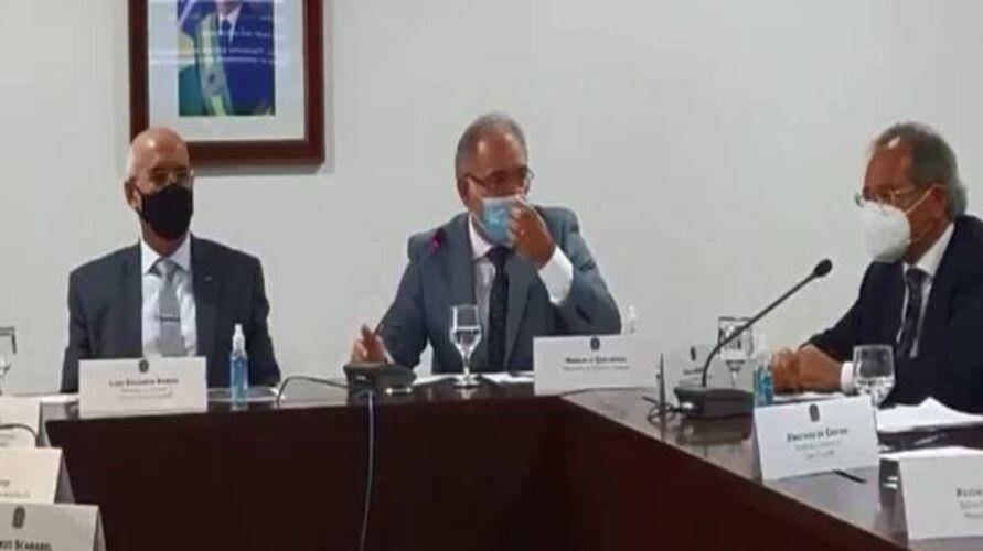 Na gravação, o ministro da Economia, Paulo Guedes, e o da Casa Civil, Luiz Eduardo Ramos, dão declarações comprometedoras