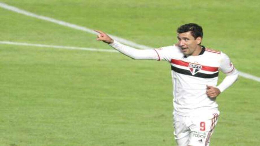 Imagem ilustrativa da notícia: São Paulo vence e vai jogar a final com Palmeiras