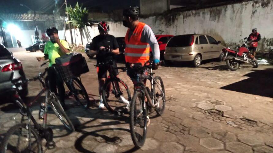 Condutor atingiu alguns ciclistas que estavam em grupo